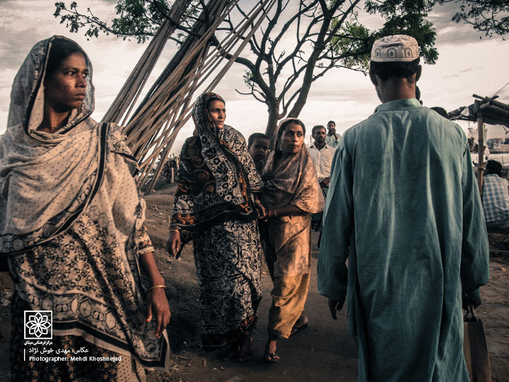 http://www.Misagh.net/UserPic/Photos/Bangladesh/IMG_4559.jpg