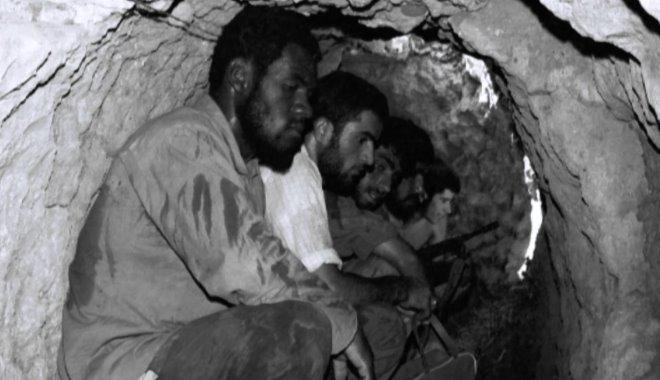 مقاومت مردم خرمشهر به روایت عکاسان جنگ